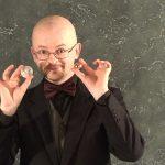 Короткие уроки по гипнотизму. Гипнотический взгляд.